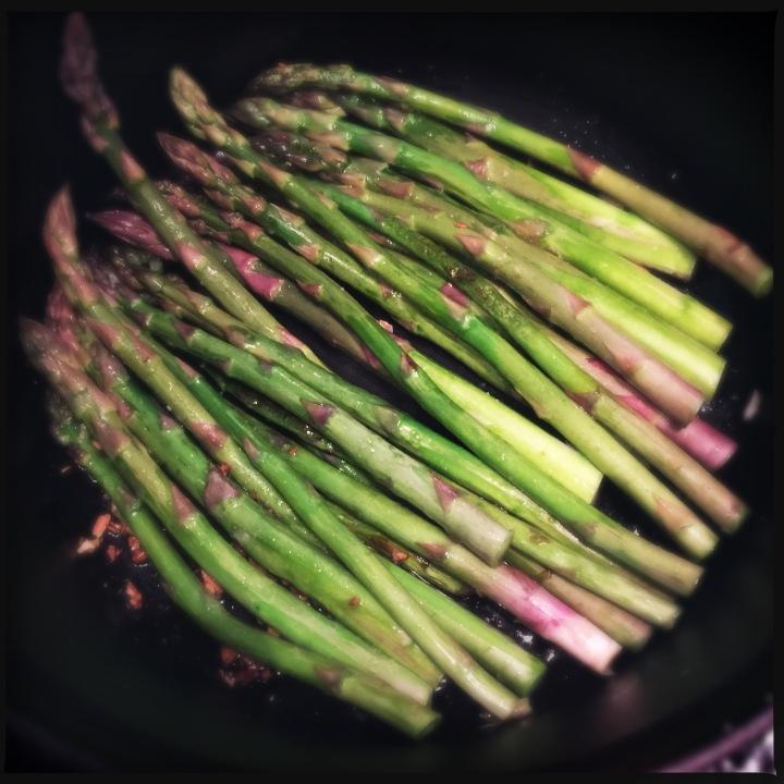 Rika's Asparagus vs. Dad's Asparagus: It'sSpring!